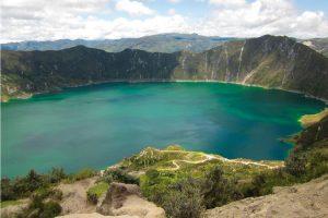 ec-TW87110-QuilotoaSee-in-Ecuador