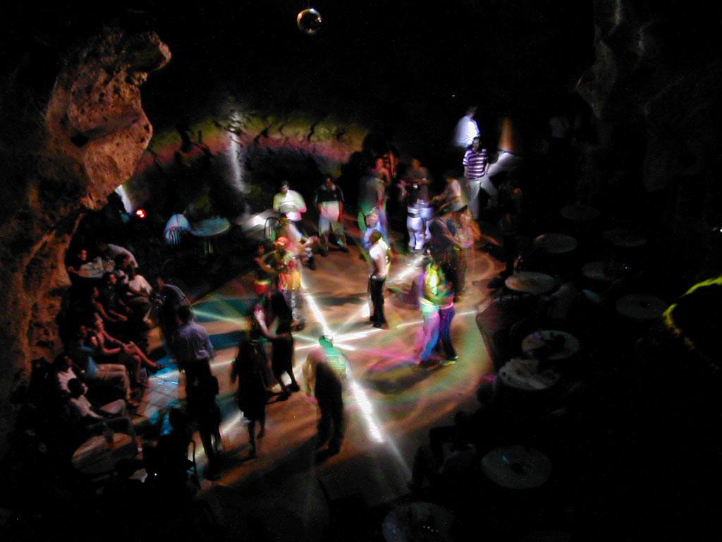 Höhlen-Disco Ayala auf Kuba