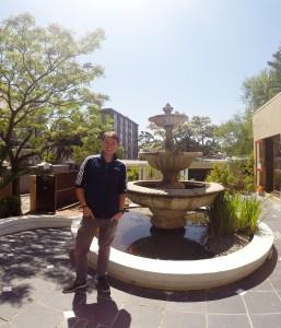 Im Schulhof von Cape Studies