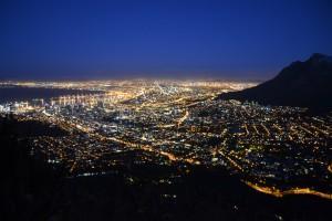 Kapstadt bei Nacht – Aussicht vom Lion's Head