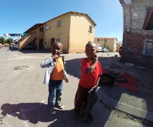 Straßenleben im Township Langa