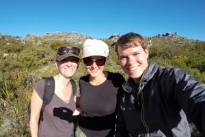 Wander-Crew – Meine Mitstudentinnen Nora, Marie und ich