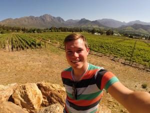Ein Selfie vor dem Weinfeld