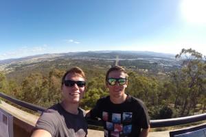 Franz und ich auf dem Mount Ainslie
