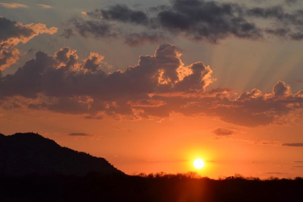 Typisch-afrikanischer Sonnenuntergang