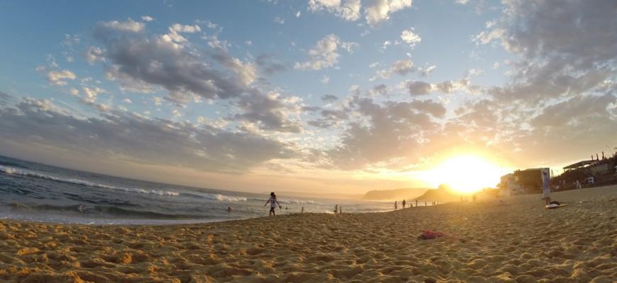 Sonnenuntergang am Bar Beach in Newcastle