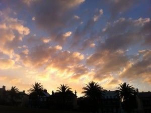 Farbenfroher Sonnenuntergang in Newcastle
