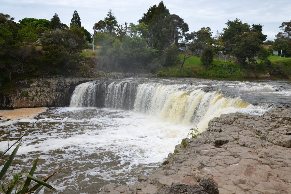 Die Haruru-Falls in der Bay of Islands