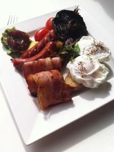 Frühstück mit poschierten Eiern: Lecker!