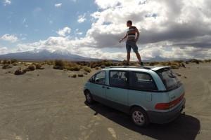 Mit dem alten Toyota am Tongariro-Nationalpark