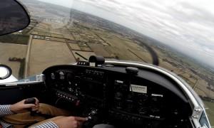 Amaturenbrett, Propeller und Aussicht