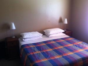 Mein Kingsize-Bett im kostenlosen Zimmer
