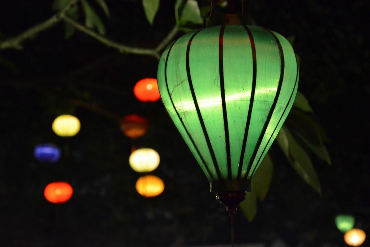 Tausende Lichter erhellen Hoi Ans Nächte