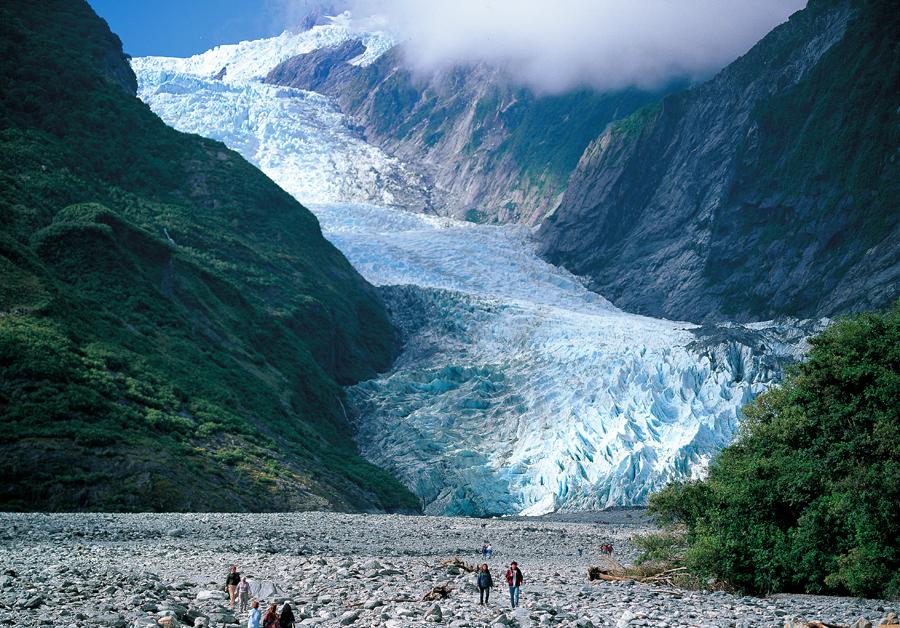 nz-Gareth Eyres-Franz Josef Glacier_expires 12 Nov 2015