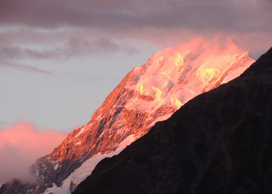 nz-hs-TW1512077-sunset over mount cook