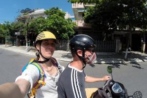 Wie die Vietnamesen: Mit Helm und Mundschutz