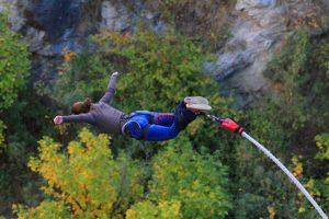 nz-hs-tw1538864-bungee-jump