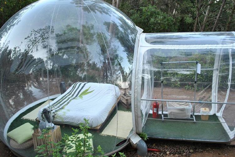 04. Bubble-Tent, aufblasbar (1400 €)