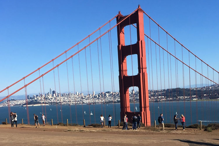 1614254-AP-USA-Liebe-wird-in-San-Francisco-groß-geschrieben!