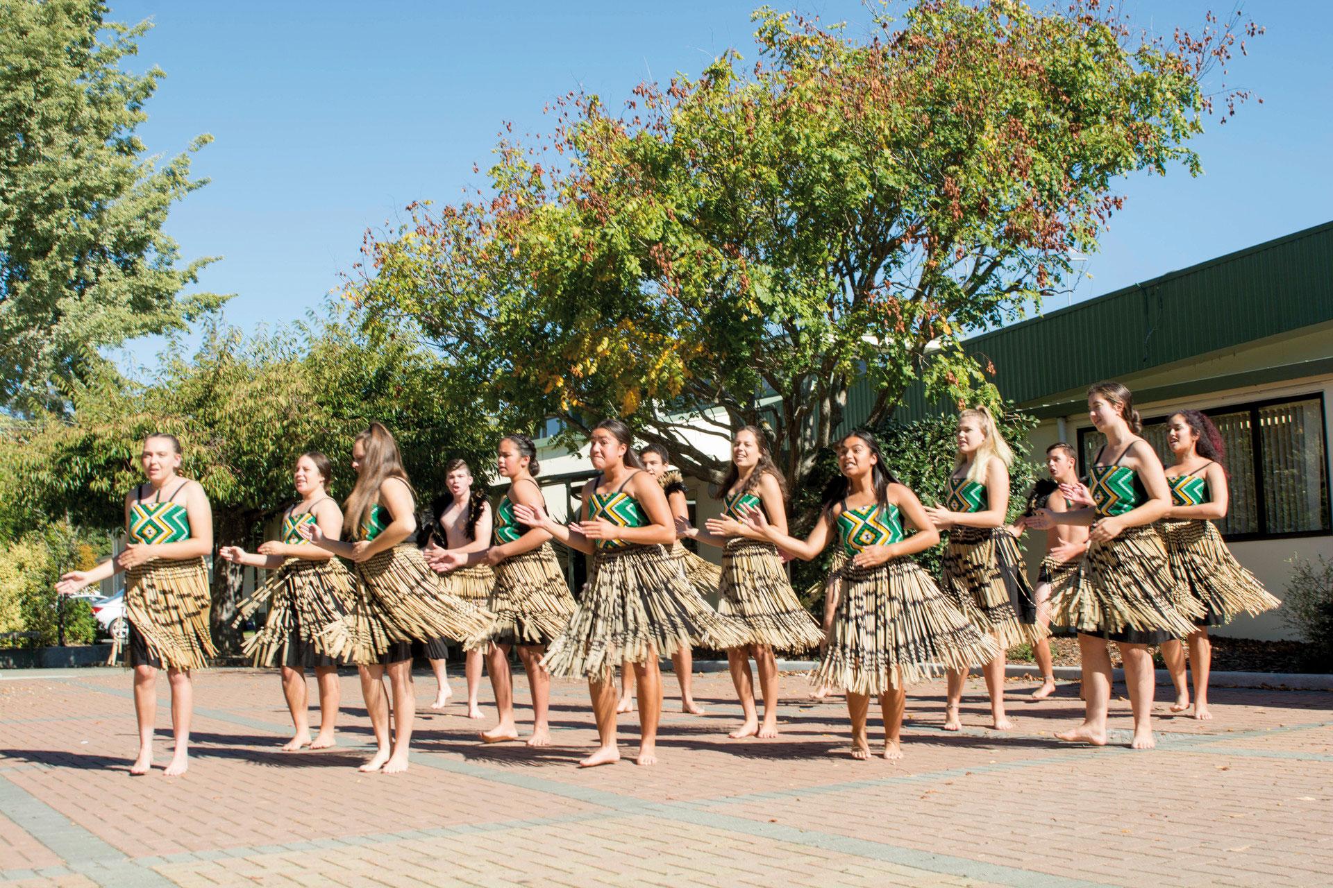 nz-hs-Waimea College-tanz (11)_blog
