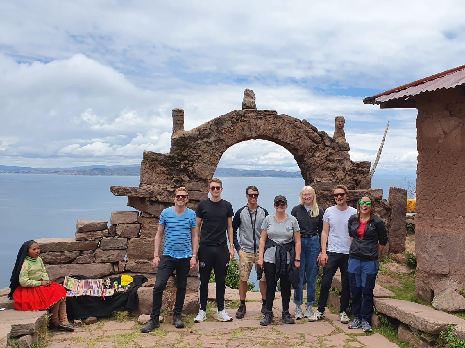 Ein Gruppenbild auf der Insel Taquile.