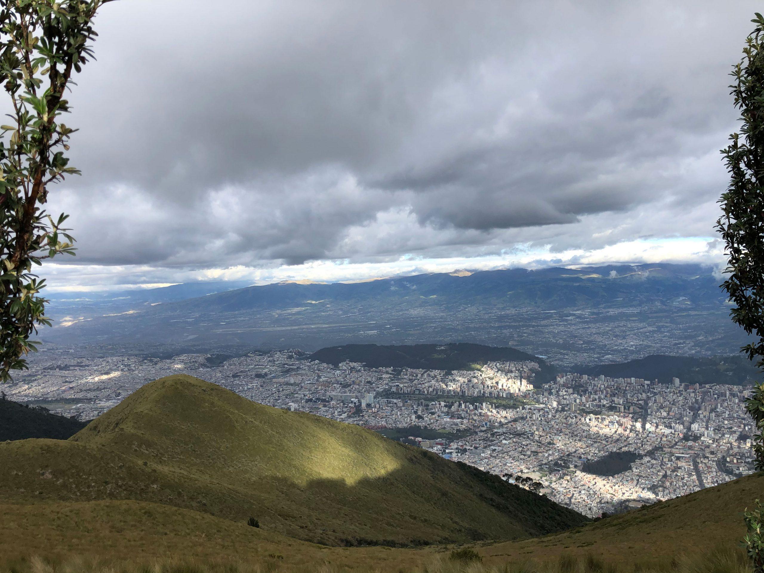 Ausblick über Quito.